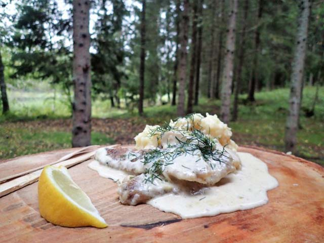 Simple yet delicious food in the forest!