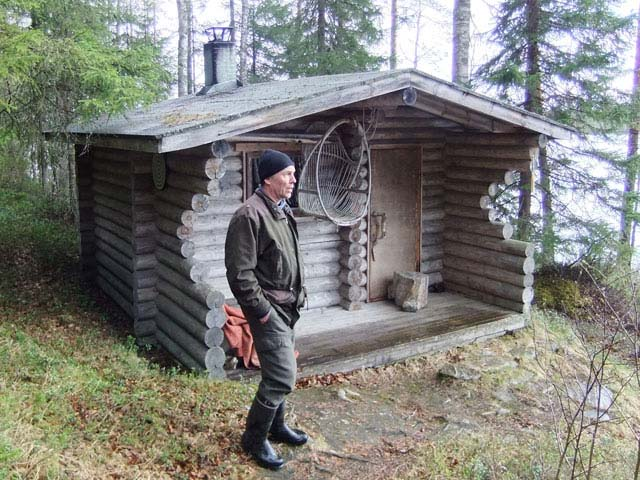 A typical Finnish wilderness cabin.