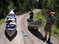 What's the difference between canoeing, kayaking, packrafting and timber rafting?
