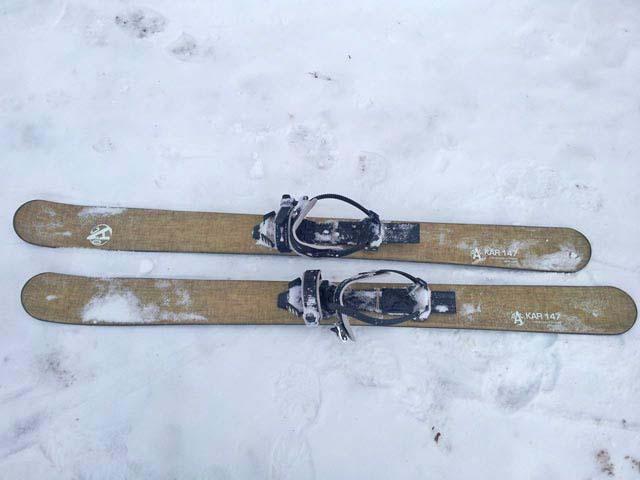 OAC Kar skis.
