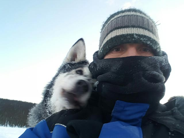 Huskies love a photobomb!