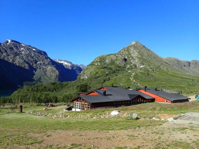 The cabins at Memurubu (with the path for Day 3 rising behind).