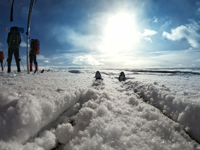 Ski touring in northern Sweden. Photo : Laura Quincey.