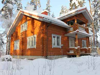 Winter Log Cabin Getaway in Paijanne Tavastia