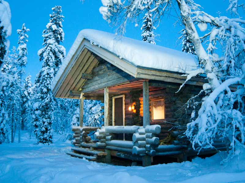 Cabin for Polar Lights Husky Sledding in Finnish Lapland