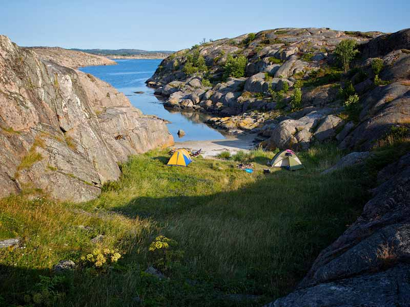 Wild camping in the archipelago during your kayak tour