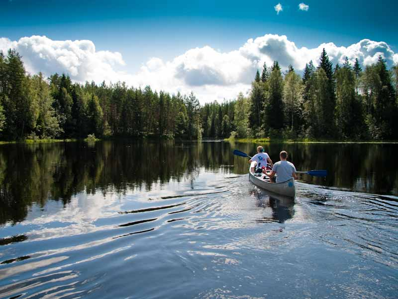 Canoe Tours on Rottnan